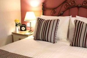 Room 2 - Glenlee Guest House, B&B, Swanage